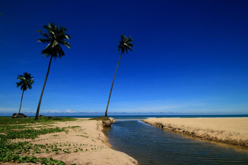 irama beach, bachok