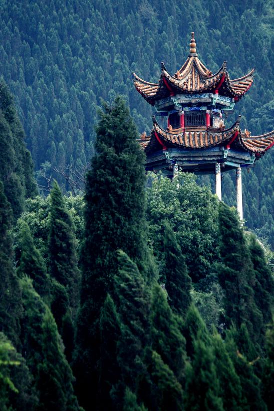 guanghan pavilion, xishan lakeside